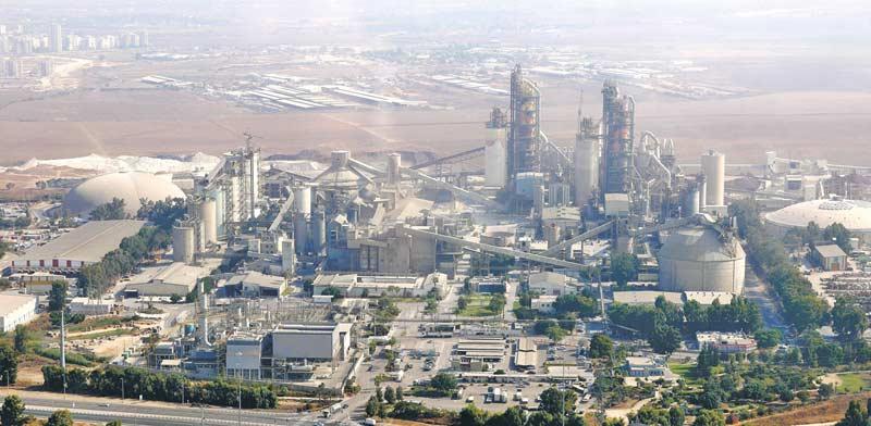 מפעל המלט נשר / צילום: תמר מצפי