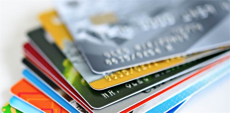 credit cards  photo: Shutterstock