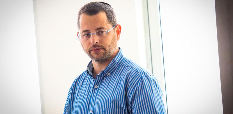 """דניאל אלינסון, יו""""ר עמותת עזרא / צילום: שלומי יוסף"""