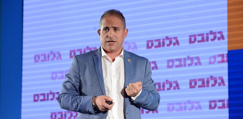 """מנכ""""ל מדטרוניק, ירון יצהרי, בוועידת ישראל לעסקים / צילום: איל יצהר"""