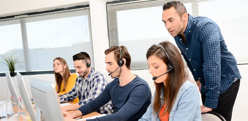 telemarketing  photo: Shutterstock
