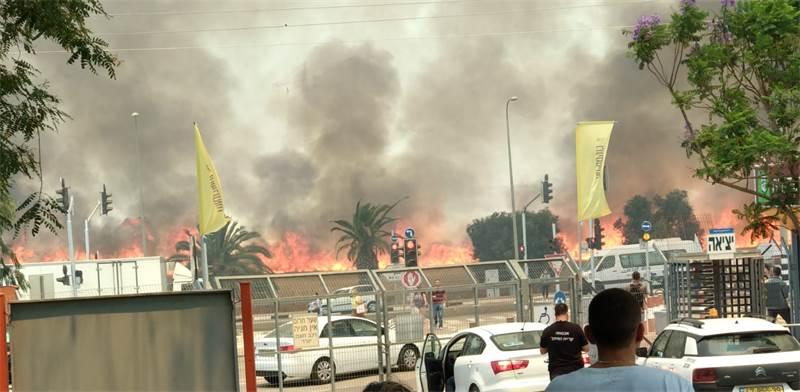 השריפה במכללת ספיר בעקבות טרור העפיפונים / צילום: נועם נרקיס