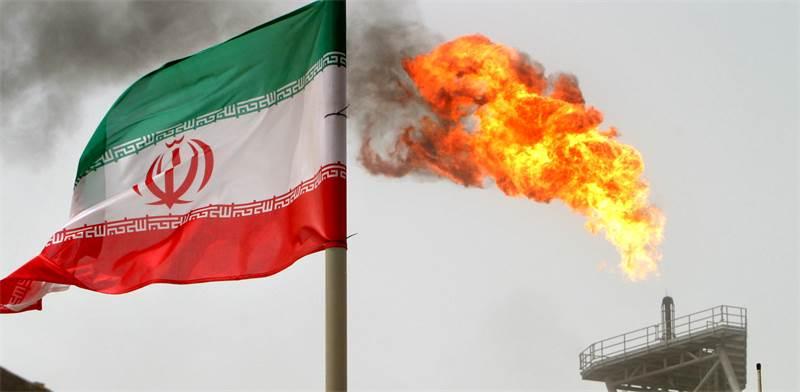 אתר שאיבת נפט באיראן / צילום: ראהיב הומוודני, רויטרס