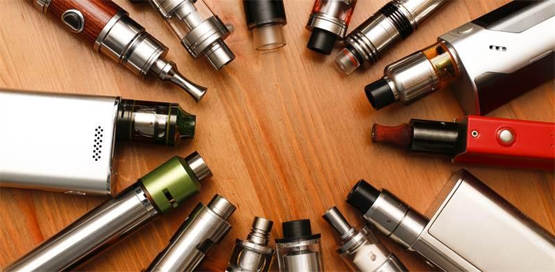 סיגריות אלקטרוניות \ צילום: שאטרסטוק