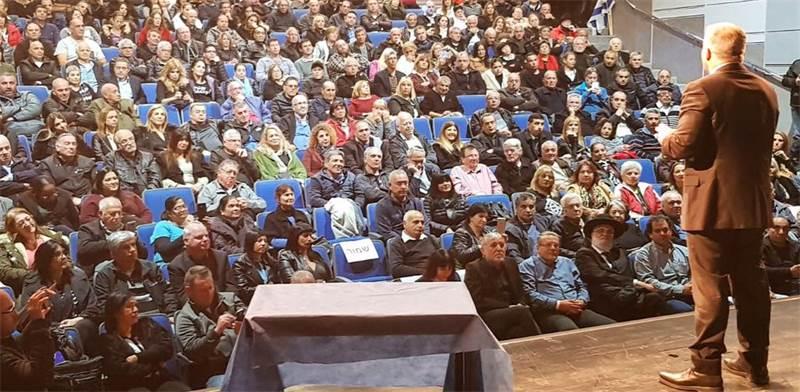 """יאיר לפיד בכנס בדימונה/ צילום: נעמה שולץ, """"יש עתיד"""""""