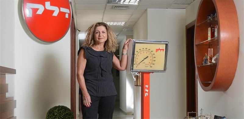 """אסתר אלדן, מנכ""""לית גדות ביוכימיה ודלק ישראל \ צילום: איל יצהר"""