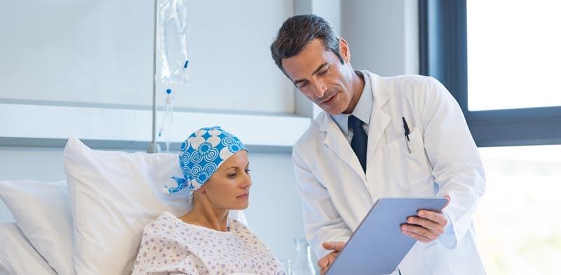 החלמה מסרטן המעי הגס. חשוב להכיר את הסימפטומים בתהליך / צילום:Shutterstock/ א.ס.א.פ קרייטיב