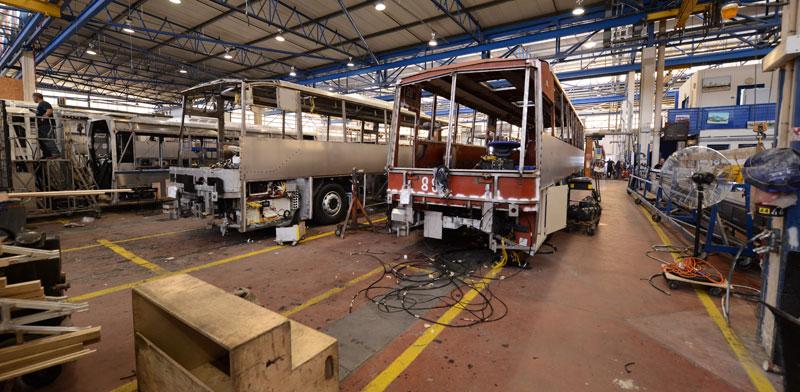 מפעל הרכבת האוטובוסים של מרכבים / צילום: איל יצהר