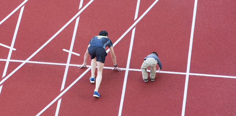 ילדים והורים מתחרים / צילום: שאטרסטוק
