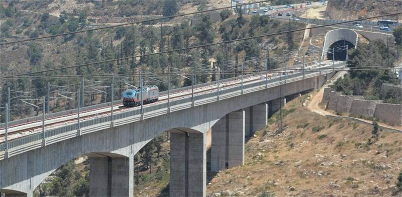 Tel Aviv - Jerusalem fast rail link Photo: Israel Railways
