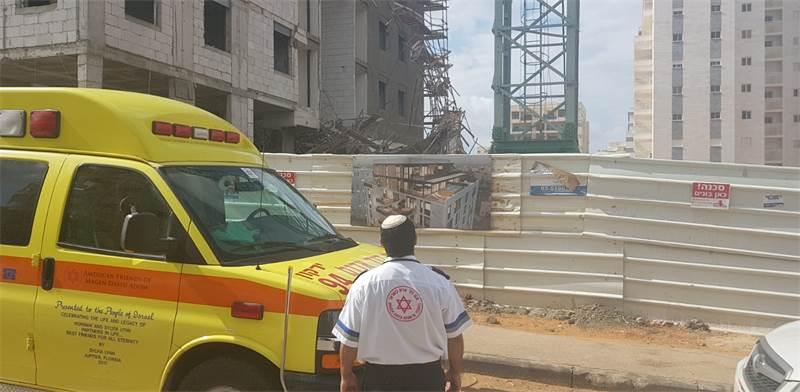 """תאונת בנייה / צילום: מד""""א"""