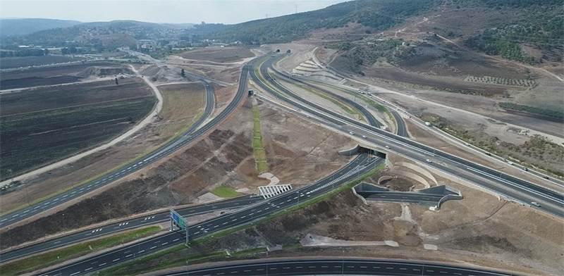 """המקטע החדש של כביש 6 - מחלף תל קשיש / צילום: יח""""צ"""
