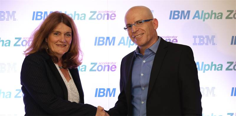 Dr Tamar Raz and IBM Israel CTO Uri Hayik  photo: Shauli Landver