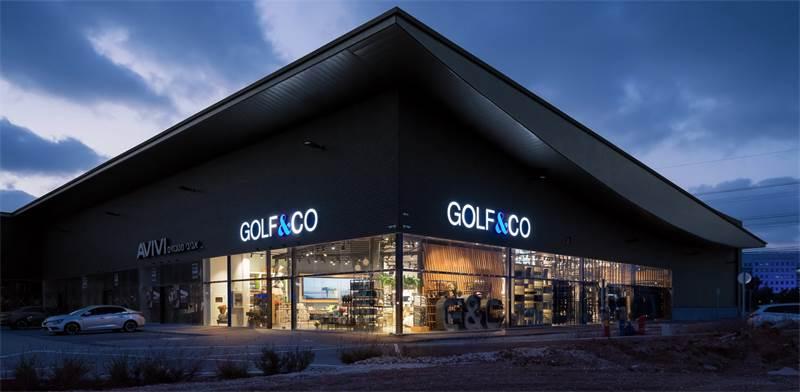 חנות גולף בבני ברק / צילום: שי אפשטיין