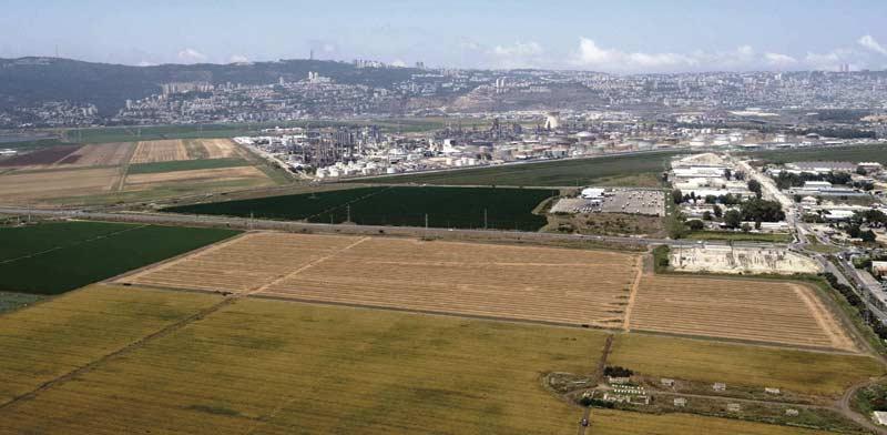 שטחים חקלאיים בסמוך לקריית אתא / צילום: יחצ