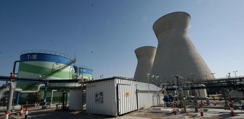 OIl Refineries Haifa  photo: Eyal Izhar