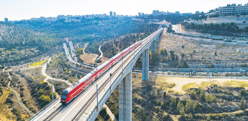גשר 10 בכניסה לירושלים / צילום: Shutterstock