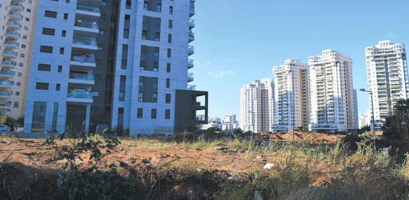 השטח   ברחוב מבצע דקל 4 בשכונת נווה גן בפתח תקווה / צילום: בר אל