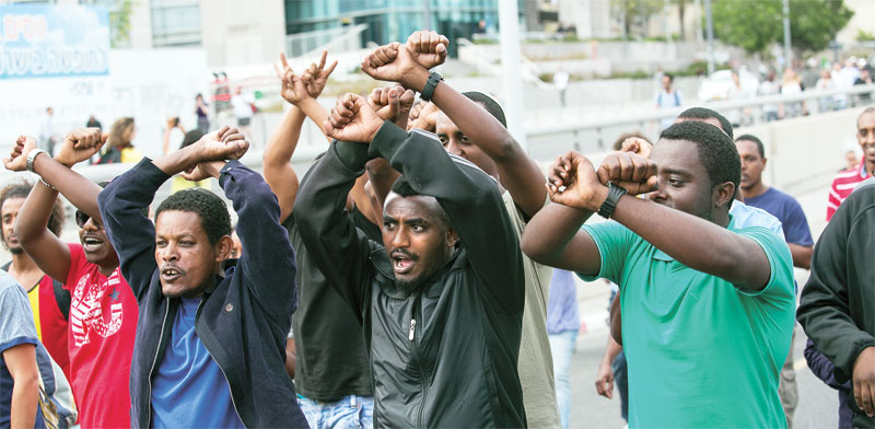 יוצאי אתיופיה מפגינים נגד האפליה ב-2015 / צילום: שלומי יוסף