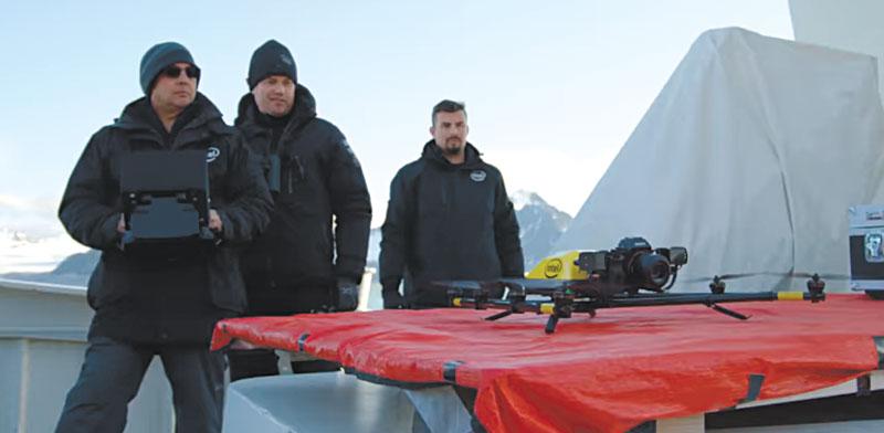 """הקמפיין """"מעל האזור הארקטי"""" של אינטל. הפקה פנימית / צילום: יח""""צ"""
