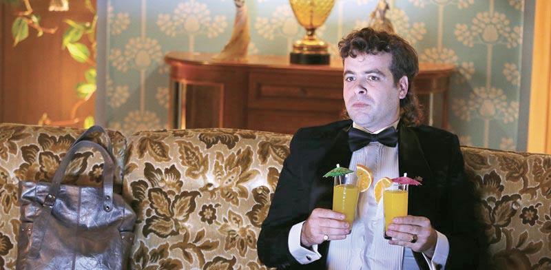 """אודי כגן בדמותו של """"משיח"""" בקמפיין סלקום / צילום מסך"""