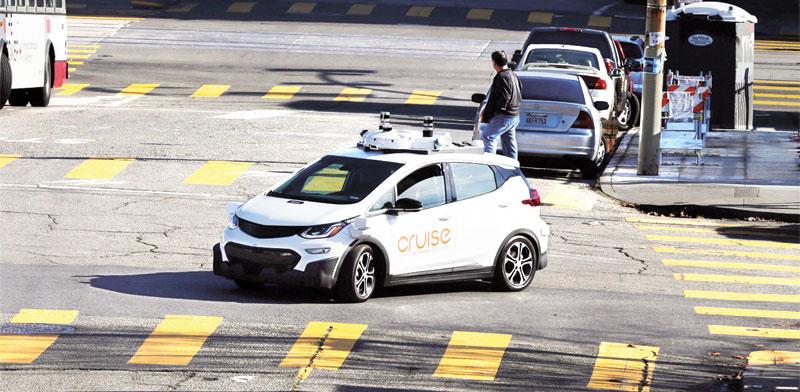 ניסוי ברכב אוטונומי  / צילום: רויטרס