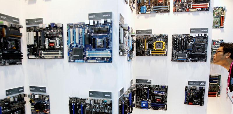 לוחות אם של AMD /צילום: רויטרס, Pichi Chuang