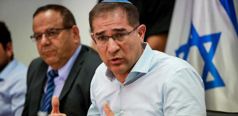 """מנכ""""ל משרד התקשורת, נתי כהן, ושר התקשורת, איוב קרא / צילום:שלומי יוסף"""