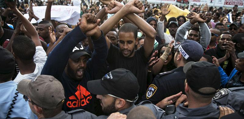 הפגנת יוצאי אתיופיה / צילום: רויטרס
