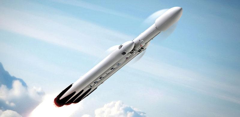 טיל Falcon Heavy   של חברת SpaceX /  צילום: יחצ