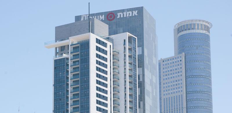 מגדל אמות אטריום שבבעלות אמות, החברה הבת של אלוני חץ / צילום:  איל יצהר