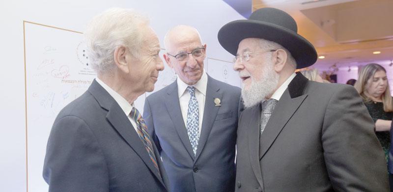 הרב ישראל מאיר לאו / צילום: ארז עוזיר