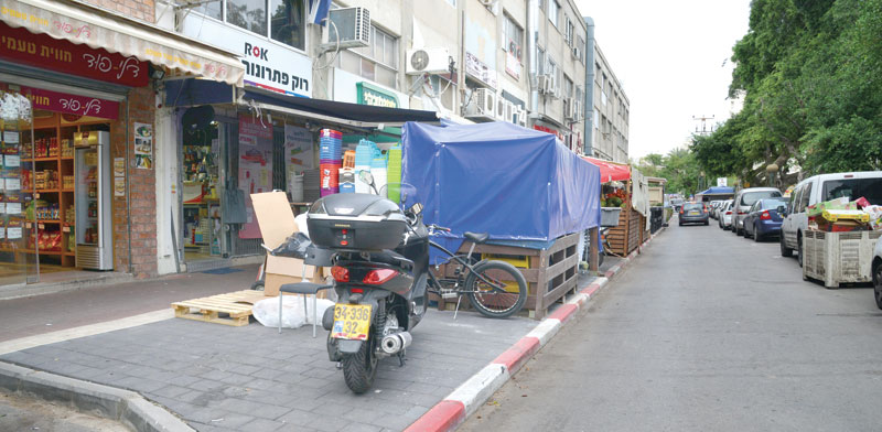 רחוב כורזין בגבעתיים / צילום: תמר מצפי