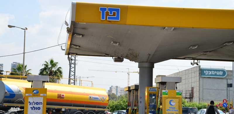 תחנת דלק פז. חברות הדלק בלטו בגיוסים בסקטור העסקי / צילום: תמר מצפי