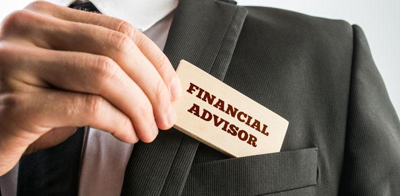 יעוץ פיננסי/ צילום:shutterstock