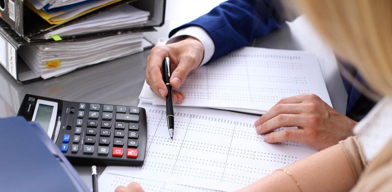 סוף שנת המס / צילום: Shutterstock, א.ס.א.פ קריאטיב