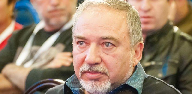 שר הביטחון אביגדור ליברמן / צילום: שאטרסטוק, א.ס.א.פ קריאייטיב