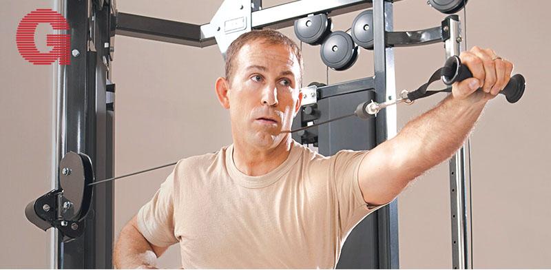 """ה–Hammer Strength. מתקן דמוי כלוב / צילום: יח""""צ"""