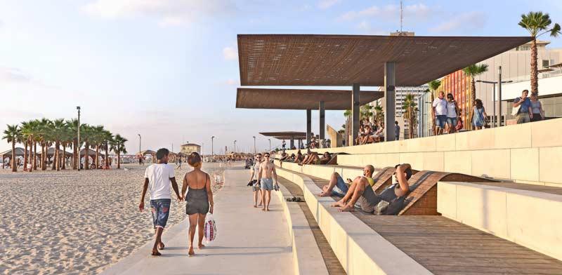 טיילת צ'יץ בתל-אביב / צילום: עומר מסינגר