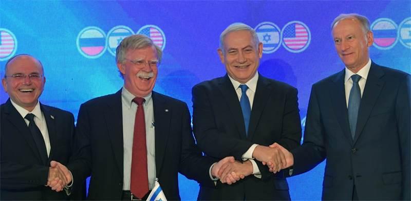 """בנימין נתניהו ויועצי הבטחון של ארה""""ב, ישראל ורוסיה / צילום: קובי גדעון, לע""""מ"""