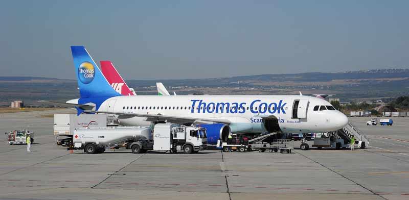 מטוס של תומאס קוק / צילום: איל יצהר
