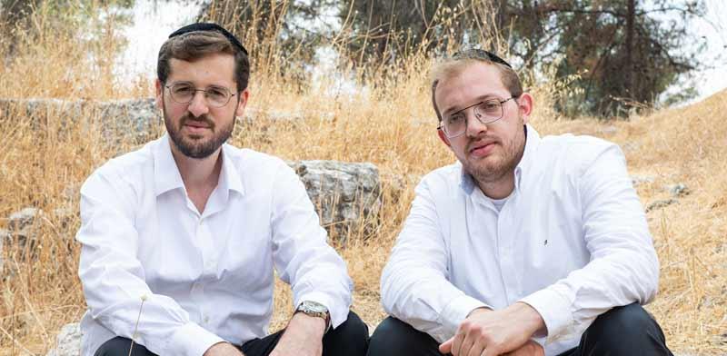 ישראל מאיר ויוני איזנשטיין, מנהלי צוות הדיגיטל של קמפיין יהדות התורה / צילום: כדיה לוי