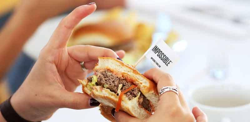 המבורגר ללא בשר של אימפוסבל פודס / צילום: רויטרס, Beck Diefenbach