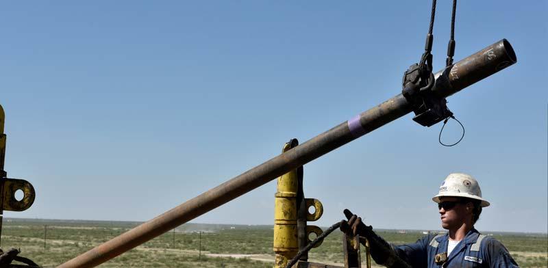 קידוח נפט בטקסט./ צילום:REUTERS / Nick Oxford