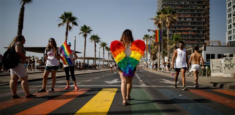 מצעד הגאווה בתל-אביב / צילום: Corinna Kern, רויטרס
