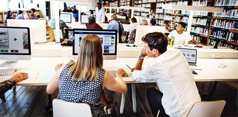 שיעורים פרטיים מכל מקום וזמן/צילום: Shutterstock/א.ס.א.פ קרייטיב