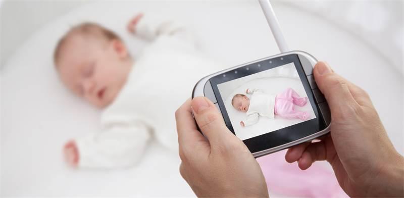 מעקב אחרי תינוק / צילום: שאטרסטוק