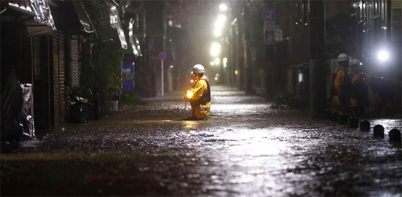 סופת הטייפון ביפן / צילום: רויטרס