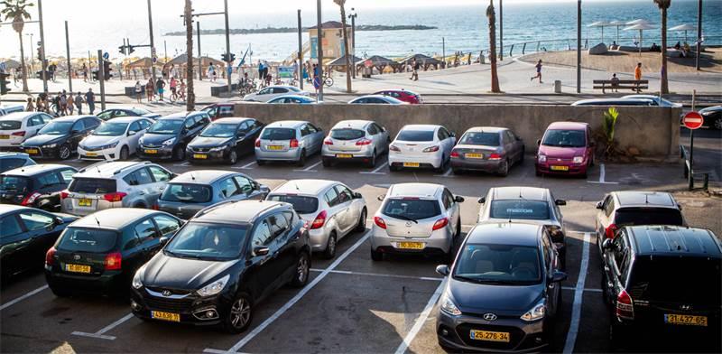 מכוניות בתל אביב / צילום: שלומי יוסף