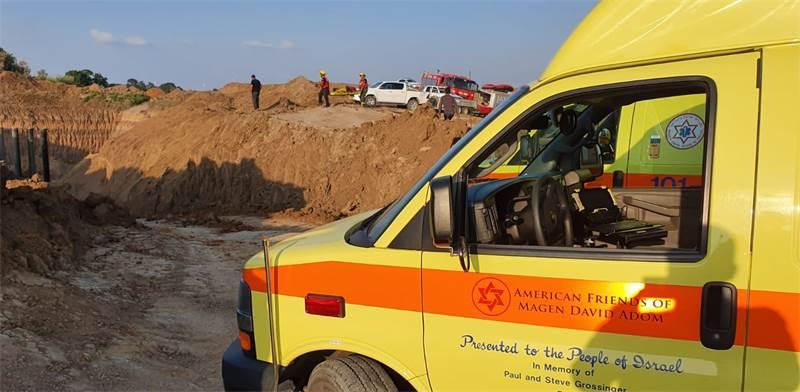 """תאונה באתר בנייה / צילום: מד""""א"""